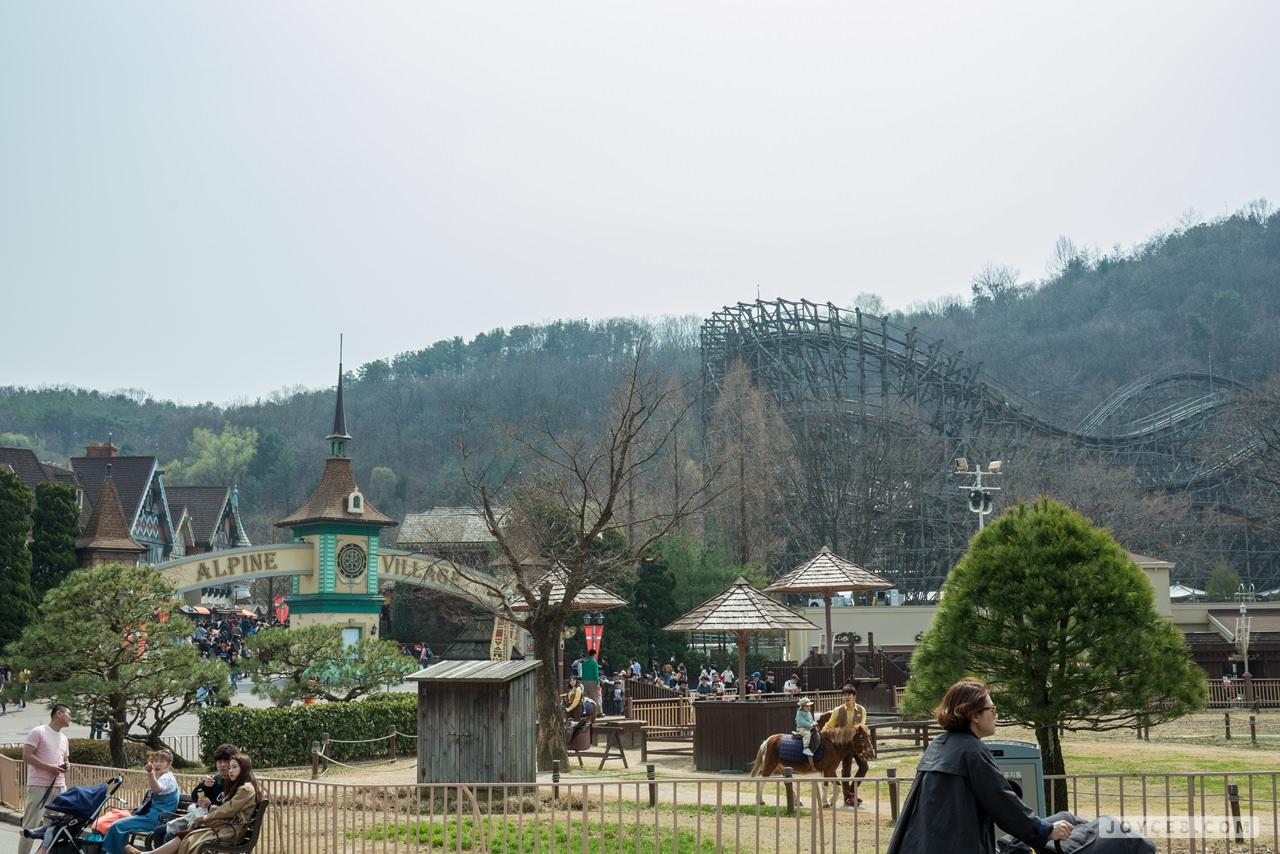 愛寶樂園,愛寶樂園雲霄飛車,愛寶樂園木質過山車,愛寶樂園設施