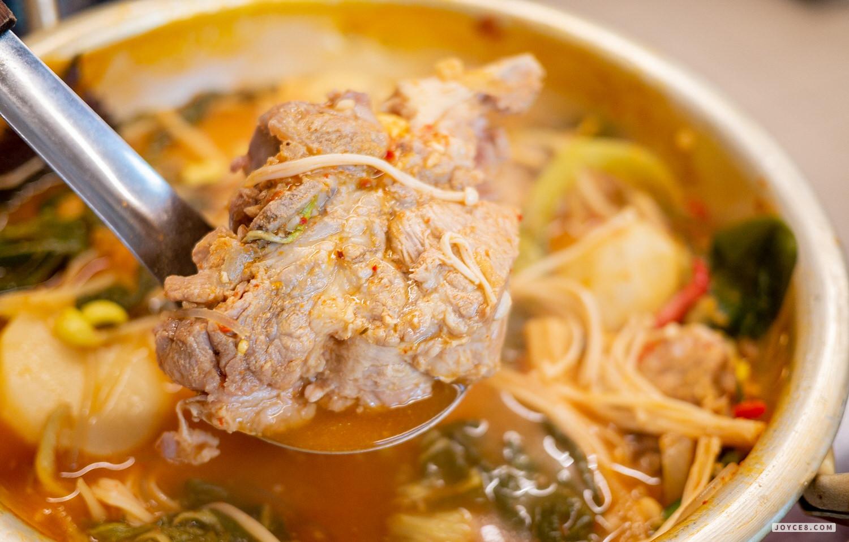 韓宮麵馬鈴薯排骨湯2